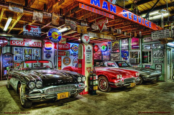 SIDEVIEW OF THREE CORVETTES HEAVY METAL SIGN