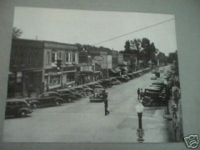 1940'S MAIN STREET PRINT PICTURE