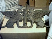 GRIFFIN CAST IRON  WALL DECOR