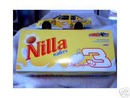 DALE EARNHARDT JR. 1:24 DIECAST CAR NILLA WAFERS