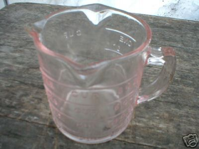 PINK DEPRESSION STYLE GLASS MEASURING CUP 3 SPROUTS