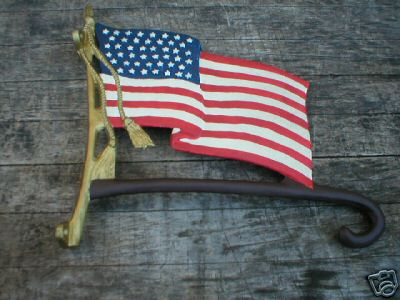 CAST IRON FLAG PLANT HOLDER IOWA COLLECTORS ITEM NR