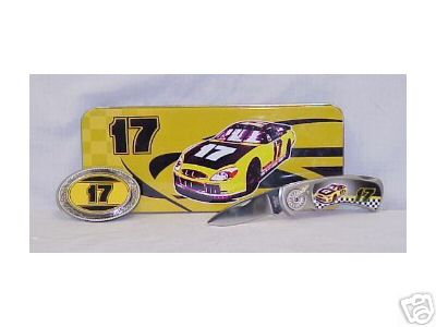 NUMBER 17 NASCAR RACE CAR COLLECTOR KNIFE SET