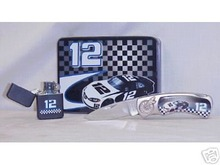 #12 COLLECTOR KNIFE & LIGHTER IN DECORATIVE TIN