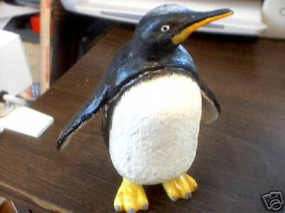 CAST IRON PENGUIN