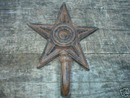 CAST IRON STAR HOOK IOWA COLLECTIBLE NR