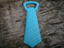 CAST IRON NECKTIE BOTTLE OPENER