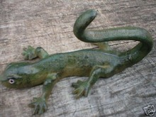 CAST IRON LIZARD IOWA COLLECTORS ITEM NR