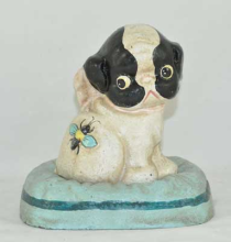 DOG WITH BEE BANK CAST IRON DECOR