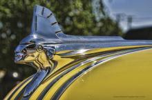 ONE 1950'S CHROME PONTIAC HOOD ORNAMENT SIGN