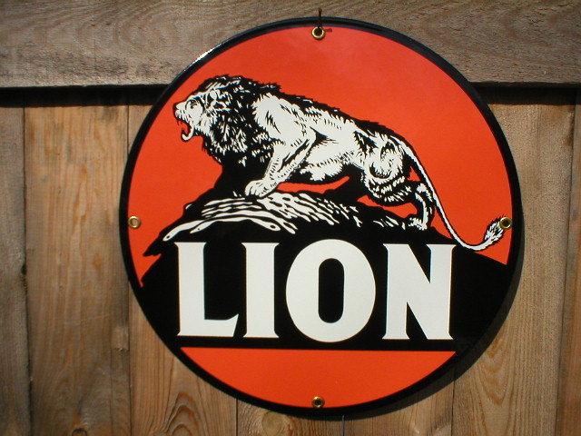 LION PORCELAIN-OVERLAY SIGN METAL GAS STATION ADV SIGNS
