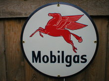 MOBILGAS PORCELAIN-OVERLAY SIGN METAL GAS & OIL SIGNS M