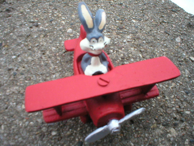 BUGS BUNNY RED AIRPLANE CAST IRON