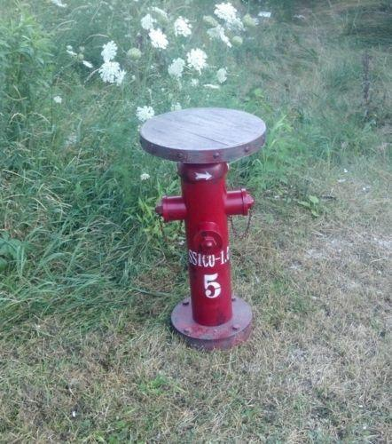 FIREMAN FIRE HYDRANT Round Table