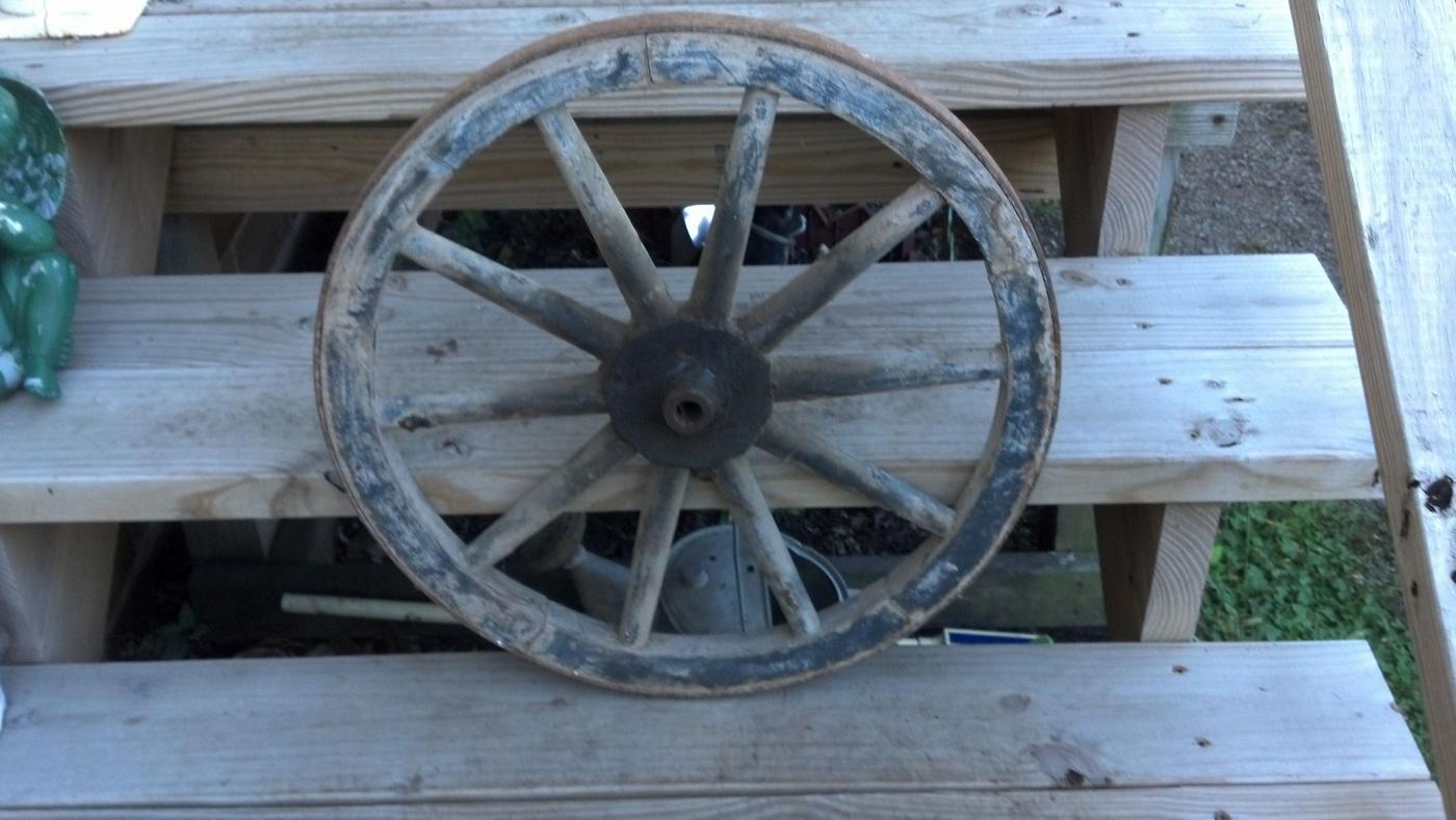 Old Wood Wagon Wheel Steel Rim Band Cabin Lodge Man Cave Home Garage Shop Decor