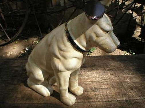 BIG CAST IRON NIPPER COLLECTOR DOG