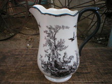 ROOSTER PATTERN PITCHER PORCELAIN BLACK & WHITE