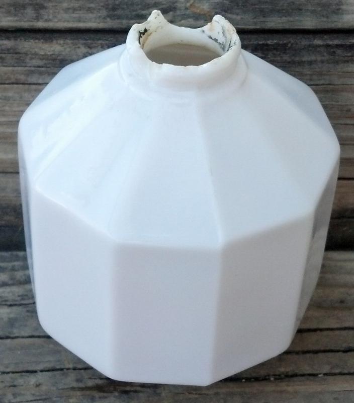 White Hexagon D&S Glass Lightning Rod Ball Farm Home Roof Garden Cupolo Decor