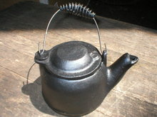 SMALL CAST IRON MINI TEA KETTLE