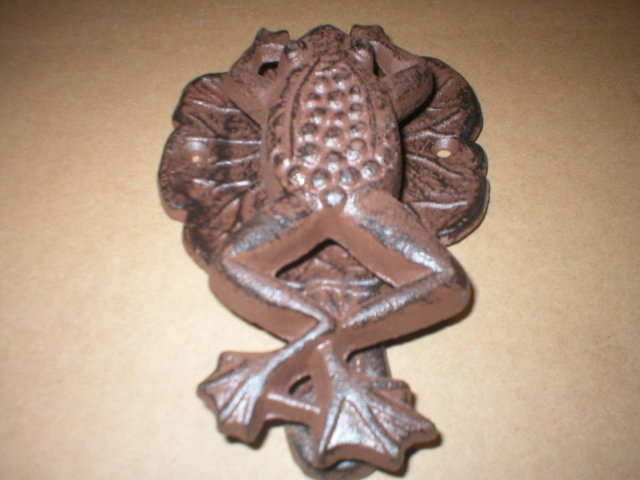 CAST IRON FROG DOOR KNOCKER RUSTIC
