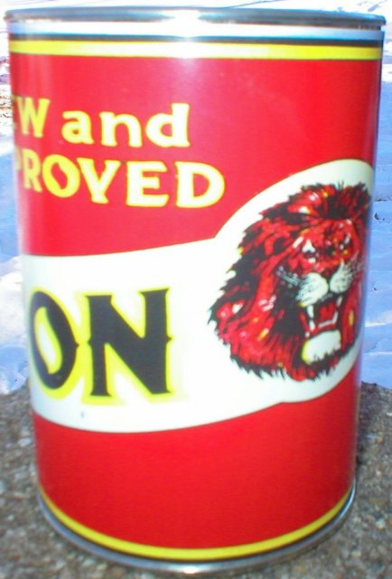 NEW LION HEAD GILMORE MOTOR OIL 32 FL. OZ. METAL CAN