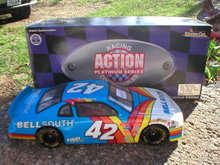 JOE NEMECHEK NASCAR 1:24 ACTION DIECAST CAR N