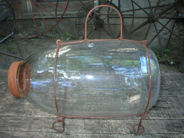 CLEAR GLASS MINNOW CATCHER BAIT TRAP USEFUL CABIN DECOR