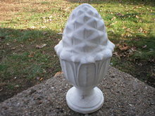 WHITE ACORN FINIAL GARDEN DECK HOME DECOR F