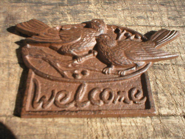 CAST IRON WELCOME SIGN WITH BIRDS DECORATIVE SIGNS B