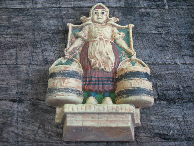 CAST IRON DUTCH GIRL MATCH HOLDER IRONWARE DECOR D