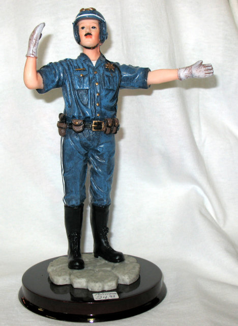 POLICEMAN STATUE HOME OFFICE DECOR P