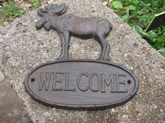 MOOSE WELCOME SIGN CAST IRON