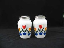 TULIP SALT & PEPPER SHAKERS MILK GLASS