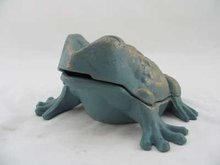 CAST IRON FROG STILL BANK IRONWARE DECOR F