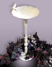 WHITE CAST IRON BIRD BATH PATIO GARDEN DECOR B