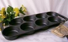 CAST IRON OLD MOUNTAIN 8 IMPRESSION BISCUIT PAN