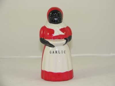 BLACK AMERICA PORCELAIN HAND PAINTED MAMMY GARLIC SHAKER