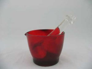 RED 8 OZ. MORTAR WITH CLEAR GLASS PESTLE
