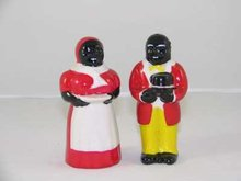 ONE SET COLORFUL BLACK AMERICANA PORCELAIN SALT PEPPERS