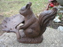 SQUIRREL BUTLER  CAST IRON