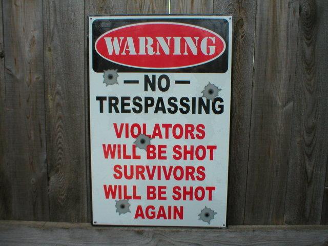 WARNING NO TRESPASSING TIN SIGN