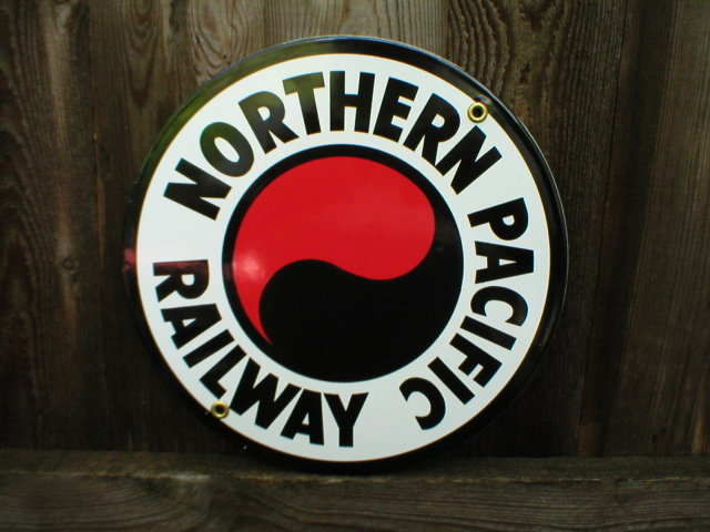 NORTHERN PACIFIC RAILWAY PORCELAIN-COATED RAILROAD ADV SIGN S