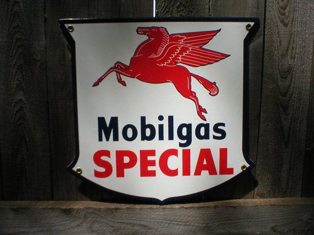 MOBILGAS SPECIAL SHIELD PORCELAIN COAT SIGN METAL ADV SIGNS