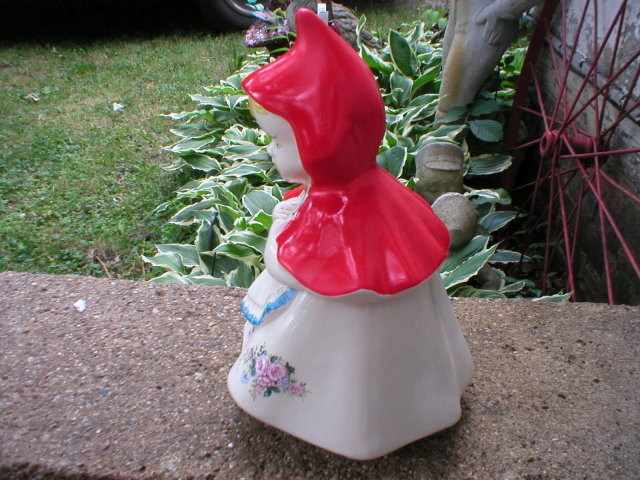 LITTLE RED RIDING HOOD COOKIE JAR COLLECTOR JARS R