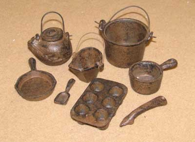 CAST IRON RUSTIC MINIATURE POTS PANS SET P