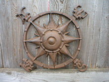 CAST IRON NAUTICAL ROSE COMPASS WALL PLAQUE C