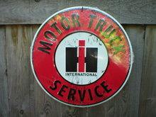 INTERNATIONAL MOTOR TRUCK SERVICE ROUND SIGN