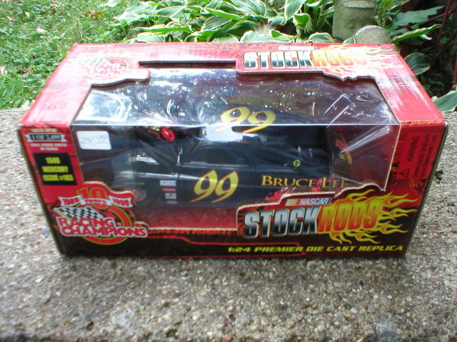 BRUCE LEE DIECAST 1:24  1949 MERCURY STOCK RODS