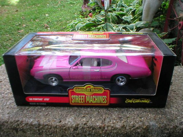 1969 AMERICAN MUSCLE 1:18 PONTIAC GT0
