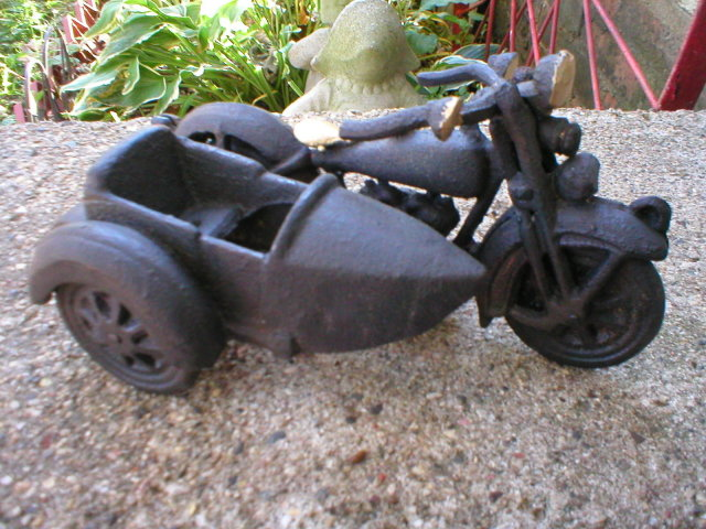 BLACK MOTORCYCLE SIDECAR CAST IRON